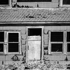 20181221-MTL16977-1 (Mike14k) Tags: salt plains part abandoned house refrigerator no trespassing