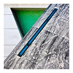 Géométrie à la Villette (Marie Hacene) Tags: lavillette paris musée géométrie architecture fenêtre