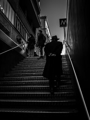 Les dernières marches... (objet introuvable) Tags: blackandwhite bw bnw noiretblanc nb street streetview shadow light lumière ombre urban urbanlife stairs métro italie italy monochrome art mood urbain ville town lumixgx8
