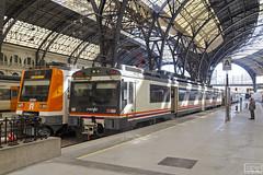 Renfe 470-100 (Escursso) Tags: 100m 124c 470 470100 adif barcelona regional renfe sattion estacio rail railway train tren frança estaciodefrança