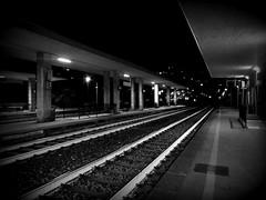Aspettando Sabrina (fotomie2009) Tags: monochrome monocromo bw bn stazione ferrovia ferroviaria railway station night nocturne notte notturno binari finaleligure finale ligure liguria italy italia