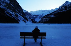 Lake Louise Blue Hour Moment (Mr. Happy Face - Peace :)) Tags: hbm benchmonday happybenchmonday fairmount chateau hotel cans2s stranger lonely snowcaps mountains banff nationalpark canadaparks art2019 woman bluehour evening activities