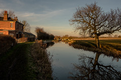 Kibworth Top Lock (Peter Leigh50) Tags: canal landscape landschaft leicestershire kibworth top lock grand union tree reflection house cottage countryside outside rural afternoon february winter sunshine fujifilm fuji xt2