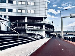 (Jamal El) Tags: denhaag thehague lahaye holland hollande paysbas thenetherlands city urban street building architacture red nederlands walking landscape paysage
