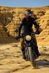 Bardenas Reales en moto (David Andrade 77) Tags: bardenasreales navarra españa spain desierto royalenfield himalayan 24105mmf4dgoshsm|a rider motorcycle motociclista