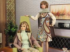 IMG_8481 (Mid Century Phicen) Tags: midcentury poppyparker diorama fashionroyalty ooak 16scale playscale atomic retro dolls fashiondolls barbe