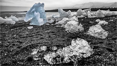 ICE . Explored 10.3.2019 (:: Blende 22 ::) Tags: breiðamerkurjökull vatnajökullglacier glaciallake naturalwondersoficeland icebergs milky white brightblue interplayoflightandicecrystals jökulsárlón island lagoon glacier ice water snow longexposure canoneos5dmarkiv iceland sky blue canonef2470mmf28liiusm