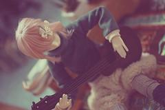 eat & work (tarengil) Tags: dollhouse diorama dollmore zaolluv zaoll pinkhair scene balljointeddoll instabjd dollstagram music asiandoll