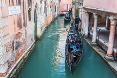 Gondolier on the Rio  di Verona III (Gerry Lynch/林奇格里) Tags: boats canal gondola gondolier italy venice exif:lens=2401200mmf40 camera:model=nikond750 exif:aperture=ƒ40 exif:make=nikoncorporation exif:focallength=32mm exif:model=nikond750 exif:isospeed=720 camera:make=nikoncorporation
