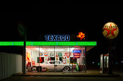 Marc's Garage (dangr.dave) Tags: fortworth tx texas cowtown tarrantcounty panthercity downtown historic architecture neon neonsign texaco classiccar haltomcity marcsgarage petersshoes jils
