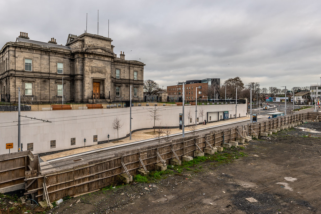 LIMITED ACCESS TO THE GRANGEGORMAN CAMPUS EAST-WEST CYCLE PATH [GRANGEGORMAN STATION AND LUAS TRAM STOP]-147393