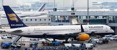 Boeing 757-256 TF-FIZ (707-348C) Tags: amsterdamschiphol boeing airliner jetliner passenger boeing757 b752 tffiz icelandair ice amsterdam schiphol eham ams 2010