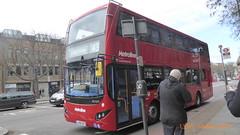 P1150054 VMH2562 LA68 DXF at Angel Station Upper Street Islington London (LJ61 GXN (was LK60 HPJ)) Tags: metroline volvob5lhybrid mcv evoseti mcvevoseti 105m 10490mm vmh2562 la68dxf nb967