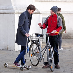 I Prefer a Bicycle (Hindrik S) Tags: bike bicycle step scooter tretroller roller fyts fiets rad fahrrad men man mann männer vienna wien wenen austria oostenrijk östereich lautriche wheel tsjil wiel candid streetphoto strasenfotografie straatfotografie strjitfotografy sonyphotographing sony dschx90v 2019