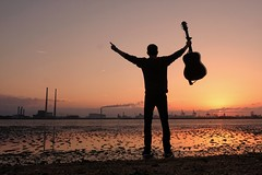 Who wants to live forever... (Peter O'Doherty (Dublin)) Tags: guitar sunset dublin peterodoherty portrait