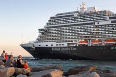 MS Koningsdam - Fort Lauderdale (Ron Raffety) Tags: koningsdam ship mskoningsdam hollandamerica cruise cruiseship koningsdamcruiseship porteverglades cruiselife ronraffety ronraffetyphotography