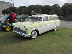 Ford Zephyr Mark II XYE766 (Andrew 2.8i) Tags: show classic cars car mare super weston classics british estate stationwagon twotone mark ii 2 mk mk2 zodiac zephyr ford