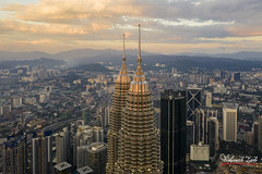 The Golden Twin Tower (Mohamad Zaidi Photography) Tags: golden twintower klcc malaysia kualalumpur business capital icon sunset architecture cloud cloudscape landscape cityscape timelapse tower skyline skyscraper downtowndistrict buildingexterior highrise birdseyeview city aerial highangle