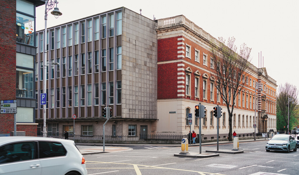 BOLTON STREET COLLEGE [ ALL THE STUDENTS WILL RELOCATE TO THE NEW GRANGEGORMAN CAMPUS]-151565