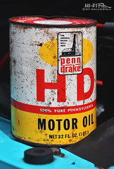 Old Oil (Hi-Fi Fotos) Tags: penndrake hd motor oil can quart vintage old rusty label packaging product nikon d7200 dx hififotos hallewell
