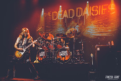782.The Dead Daisies by FredB Art 07.12.2018 (Frédéric Bonnaud) Tags: 07122018 thedeaddaisies lemoulin moulin fredb art fredbart fredericbonnaud marseille 2018 music concert live band 6d canon6d livereport musique