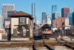 16th and Blaze It (Wheelnrail) Tags: metra 420 blaze it train trains emd metx 16th street tower downtown city chicago illinois rock island district urban railroad passenger commuter loco mpi mp36