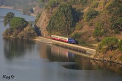 Aregos (REGFA251013) Tags: tren comboio cp 1424 regional coches carruagem portugal rio duero aregos