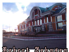 Russia in all its glory even the station looks like the white house in America .... (DavayGodatna coffe) Tags: good garden glass green grass big logn dog dogs long bridge forest fear flickr follow flowers flower life moved love car clear could city rock blackwhite cool down windows work two up russia summer sun mountain industrialism su small yes pillars animals