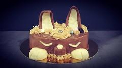 Lapin en mode Royal chocolat (Claire Coopmans) Tags: patisseries chocolaterie chocolat chocolatnoir chocolatplastique chocolate mousses lapin rabbit biscuits biscuitjoconde gateau cake glaçagemiroir glaçage birthday anniversaire belgique belgium royalchocolat trianon