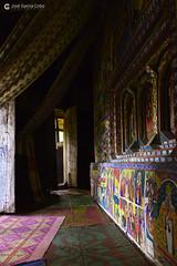 20180920 Etiopía-Bahar Dar (109) R01 (Nikobo3) Tags: áfrica etiopía bahardar urakidanemehret monasterio culturas color travel viajes nikon nikond800 d800 nikon247028 interiores