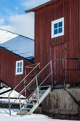 Entrance (Henrik Axelsson) Tags: bergslagen gammelgården ludvika himmel landsbygd moon månen red röd sky snow snö dalarnacounty sweden se