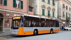 AMT 7072 (Lu_Pi) Tags: amt genova autobus bus menarinibus iia industriaitalianaautobus citymood citymood10 amtgenovalinea53 sestri sestriponente rivarolo