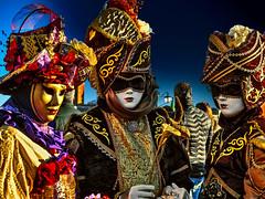 Women of Venice (Marco Trovò) Tags: marcotrovò hdr venezia venice italia italy building edificio city città carnevale carnival strada street ritratto portrait gente people