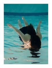 DSC02021 (helsé lorand) Tags: women underwater sousmarine eau aquatic swim people