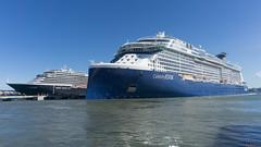 Oosterdam et Celebrity Edge, San-Juan, Puerto Rico - 9047 (rivai56) Tags: bateauxdecroisières port cruise ship majestueux sea vessel mer oosterdametcelebrityedge sanjuan puertorico holland america et celebrity
