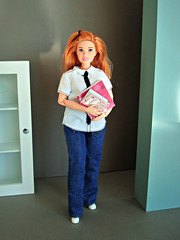 In the office (Deejay Bafaroy) Tags: barbie skipper babysitters mattel doll puppe portrait porträt curvy madetomove mtmbody bodyswap bodyswitch bodyreplacement swappedbody switchedbody redhead blue blau white weiss