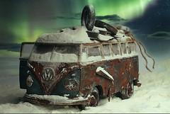 Polarlicht (steffiwacker) Tags: vw oltimer modellautos toy diorama auto bulli bus