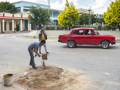 Construction on Marti in front of the cinema. (Gerald Lau) Tags: holguin cuba 2019 marti construction