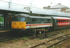 Virgin Class 86/2 86260 'Driver Wallace Oakes G.C. - Stockport (dwb transport photos) Tags: virgin locomotive 86260 driverwallaceoakesgc stockport