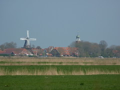 Ditzum Ems (achatphoenix) Tags: road rheiderland rural roadtrip roadside eastfrisia enroute enpassant street strase vomautofenster inpassing