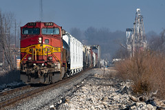 Shoving on the H-MEMGAL (Machme92) Tags: bnsf burligrton railroad railfanning railroads railfans rails rail american nikon kline oldmonroe dash9 santa fe atsf bnsf757