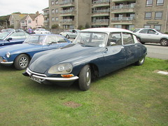 Citroen D Spécial MYB592L (Andrew 2.8i) Tags: weston super mare car cars classic classics show westonsupermare saloon sedan ds19 ds21 ds23 ds iii 3 series executice special d citroen french
