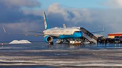 "C32 90004 ""SAM-051"" bringing Michael R Pompeo US Secratary of State on visit to Iceland D253249 (iceland´er) Tags: michel pompeo iceland keflavik airbase airport bikf usn p8 poseidon boeing c32 political visit b757 sun day snow blueskies"