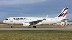 F-HEPJ (AnDyMHoLdEn) Tags: airfrance a320 skyteam egcc airport manchester manchesterairport 23l