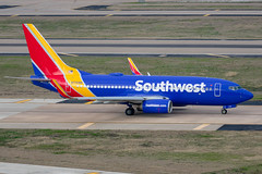 N776WN Boeing 737-7H4 Southwest (SamCom) Tags: swa southwest southwestairlines 737 boeing 737700 kdal dal dallaslovefield lovefield n776wn 7377h4