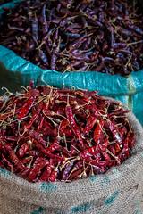 Piments rouges (Seb & Jen) Tags: bagan myanmar burma birmanie mandalayregion myanmarbirmanie oldbagan nyaungu royaumedepagan market marche mani sithu