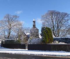 Kilbirnie Auld Kirk Snow1 (g crawford) Tags: kilbirnie northayrshire ayrshire auldkirk kirk church churchofscotland cofs snow winter white cold tree architecture building crawford