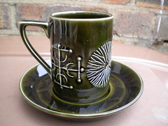 Vintage Olive Green Portmeirion Totem Coffee Cup & Saucer Designed By Susan Williams Eliis 1960's 70's Mid Century Modern (beetle2001cybergreen) Tags: vintage olive green portmeirion totem coffee cup saucer designed by susan williams eliis 1960s 70s mid century modern