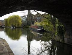Regent's Canal, Islington (London Less Travelled) Tags: uk unitedkingdom britain england london street urban suburb suburban suburbia islington canal water waterway regentscanal boat bridge