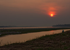 Sunset over mekong river, Vientiane, Laos (Eric Lafforgue) Tags: asia bank border colourimage communist copyspace developingcountries horizontal landscape laos mekong mekongriver meuanglao nopeople river socialistrepublic southeastasia sun sunset tranquilscene traveldestinations vientiane water